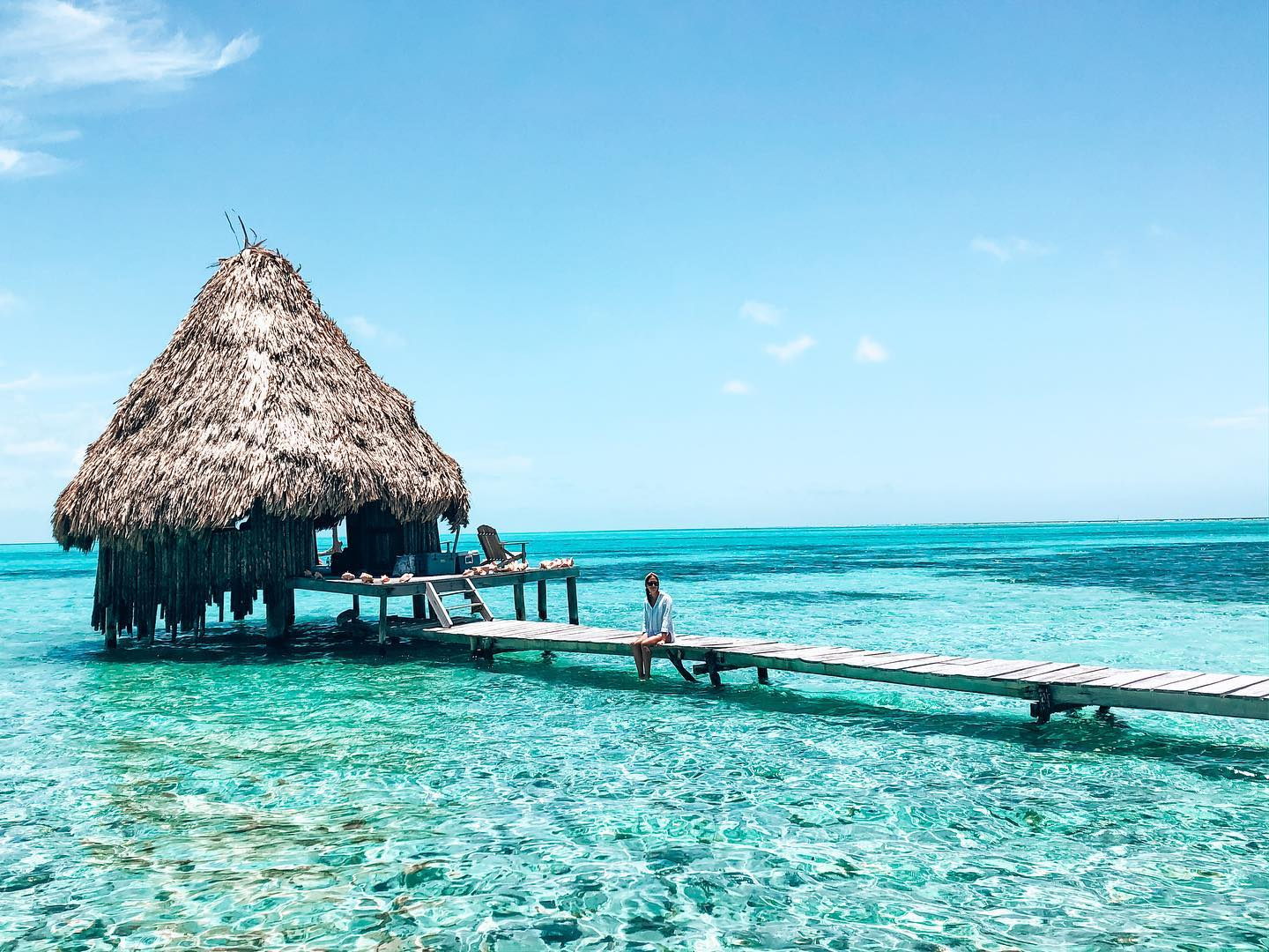 glovers reef atoll roeming belize