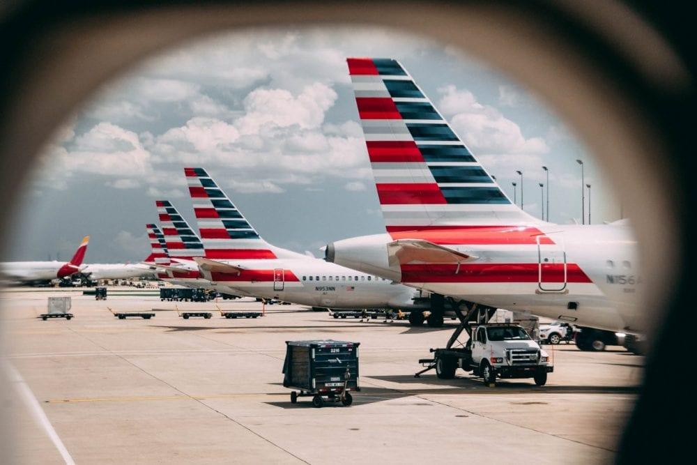 american airlines flight wings