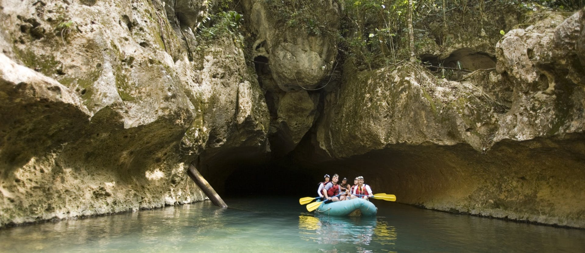 nohoch che'en cave tubing kayaking belize cave