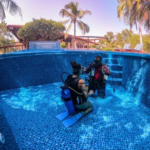 Ray Caye diving certification belize PADI