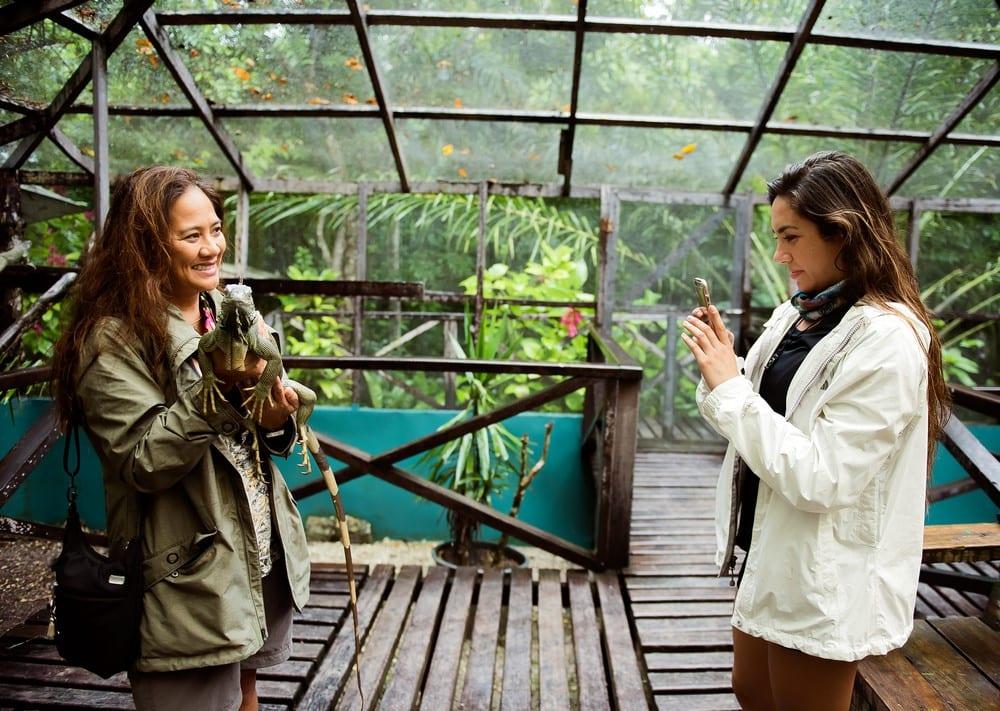 green iguana belize selfie Cayo San Ignacio