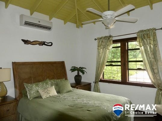 remax cost of living