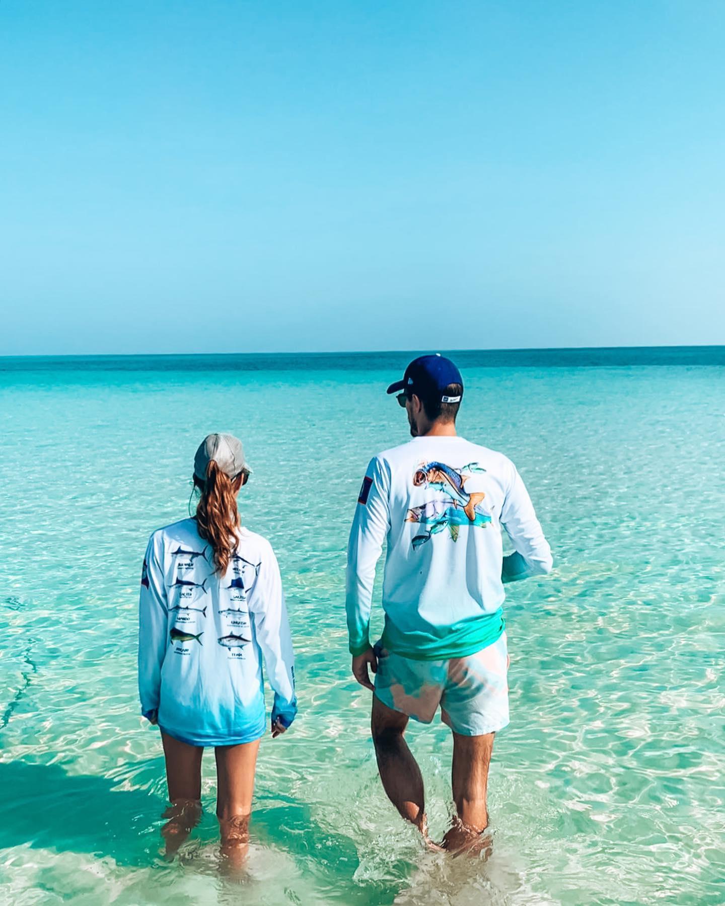 sandbar couple belize sea