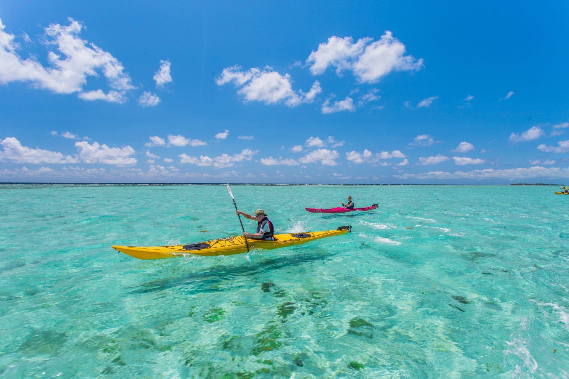 kayaking glovers belize