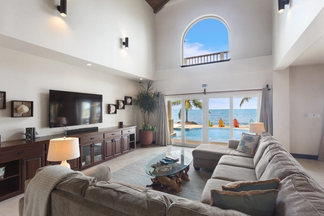 Manatee Villa House1_DuarteDellarole-Sirenian Bay