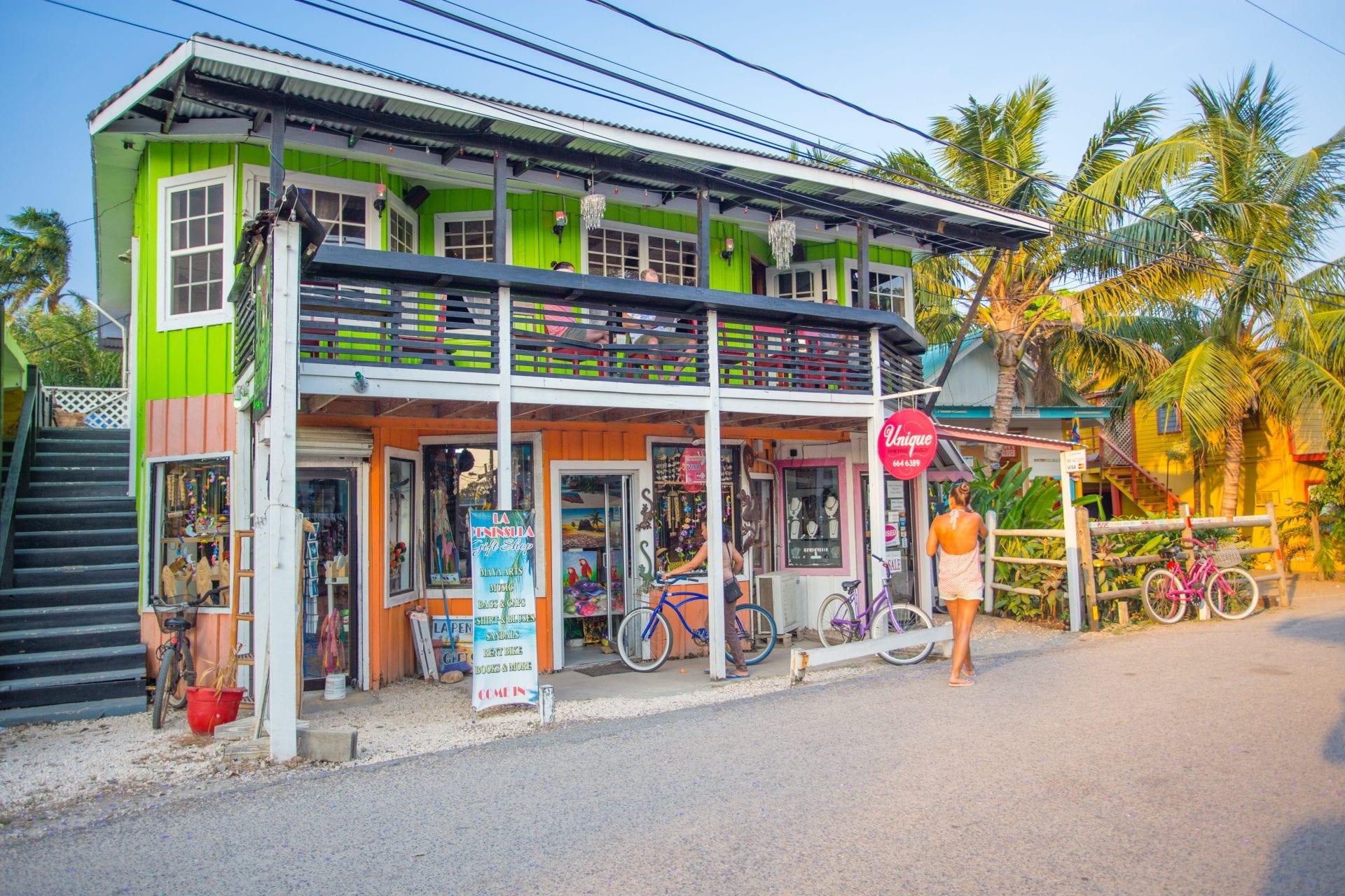 placencia-village-belize-beach-colorful-art