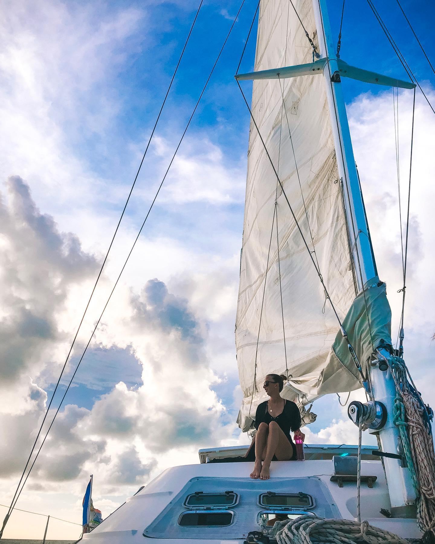 sailing belize vacation