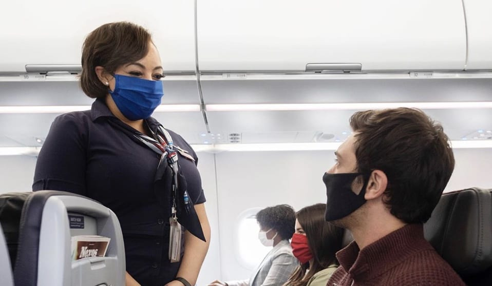 american-airlines-flight-belize-face-masks