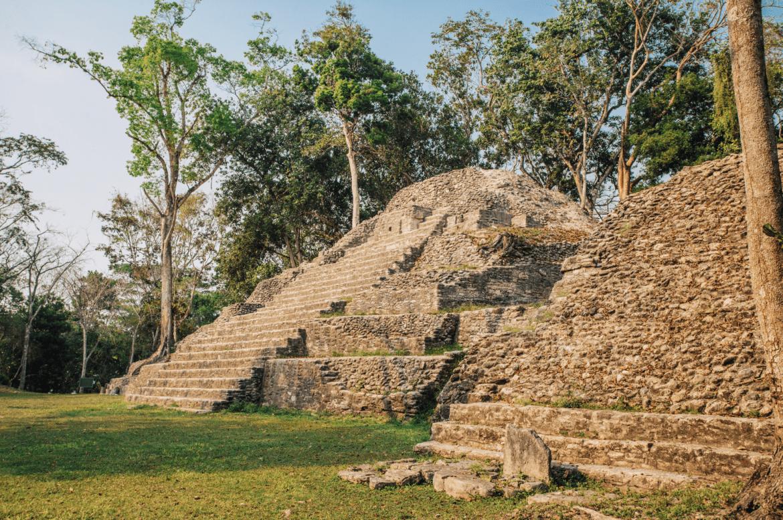 Cahal Pech Maya Site belize cayo