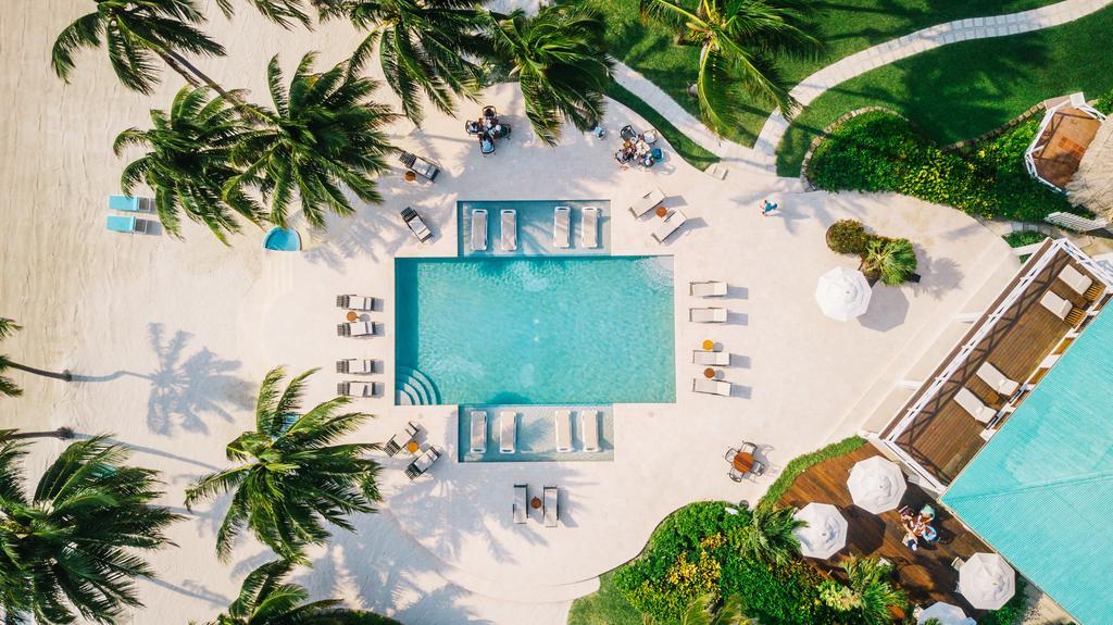 victoria house pool aerial