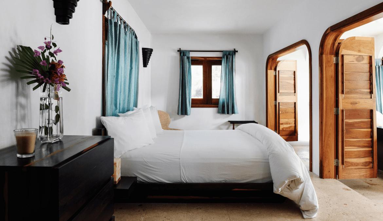 luxury villa Matachica Resort belize