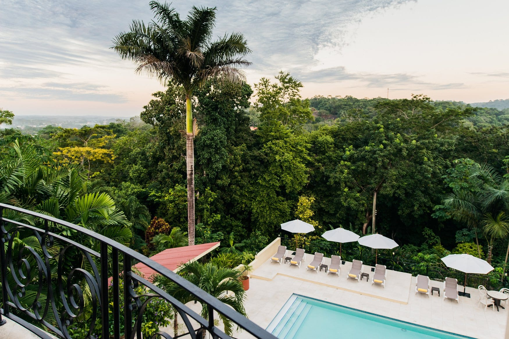 pool veranda cayo san ignacio resort hotel