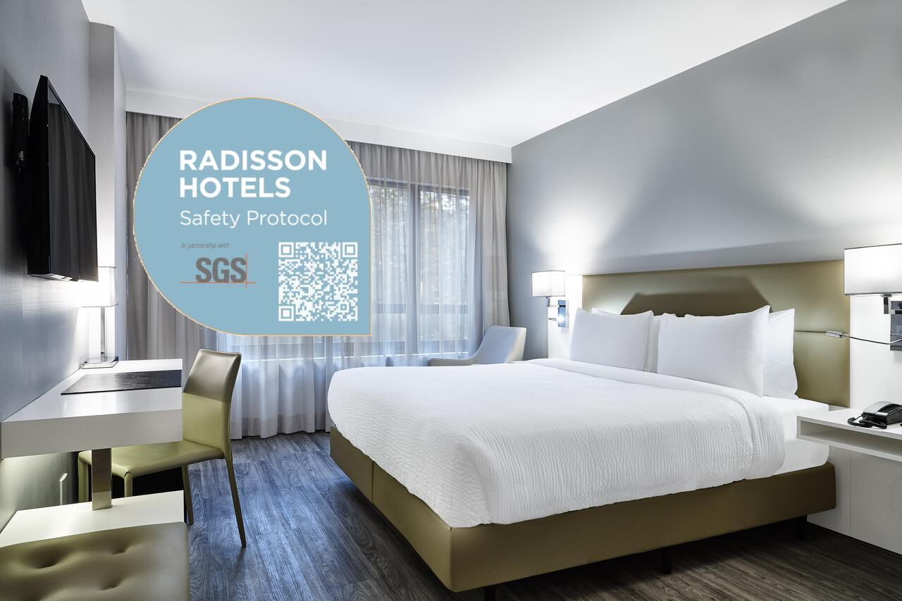 radisson room SGS