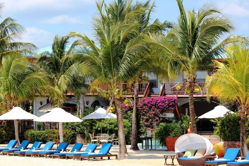 Toward-Dolphin-Pool-Chabil-Mar-Resort-Belize