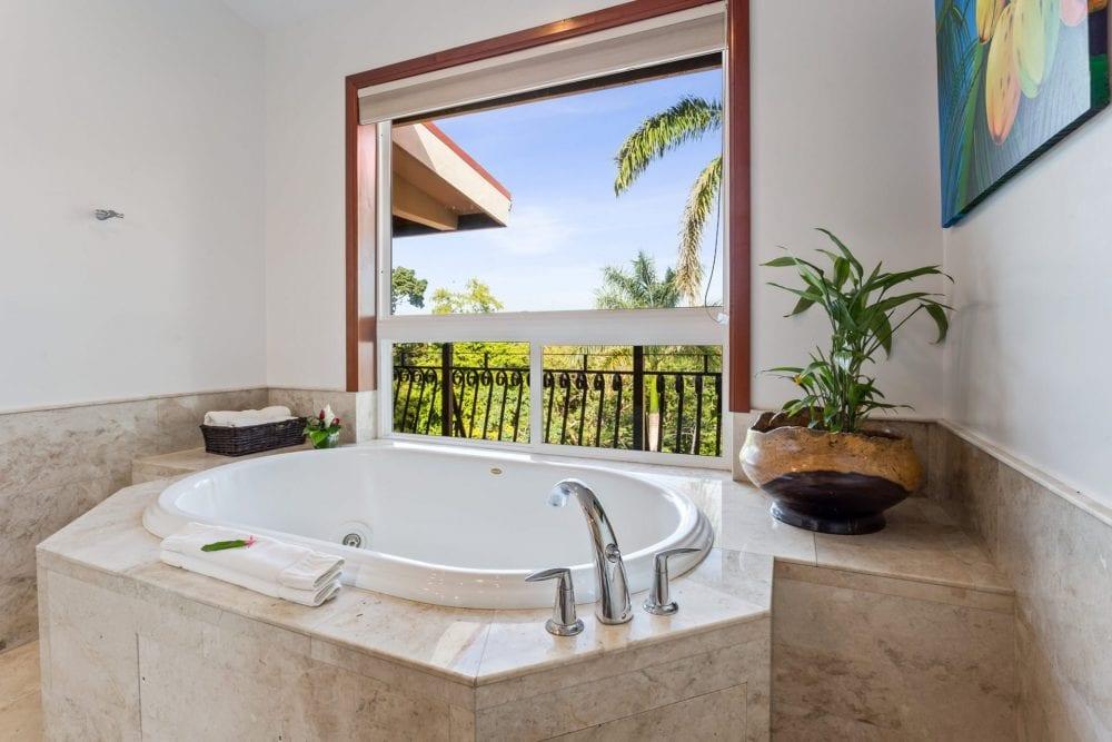 san ignacio resort jungle tub