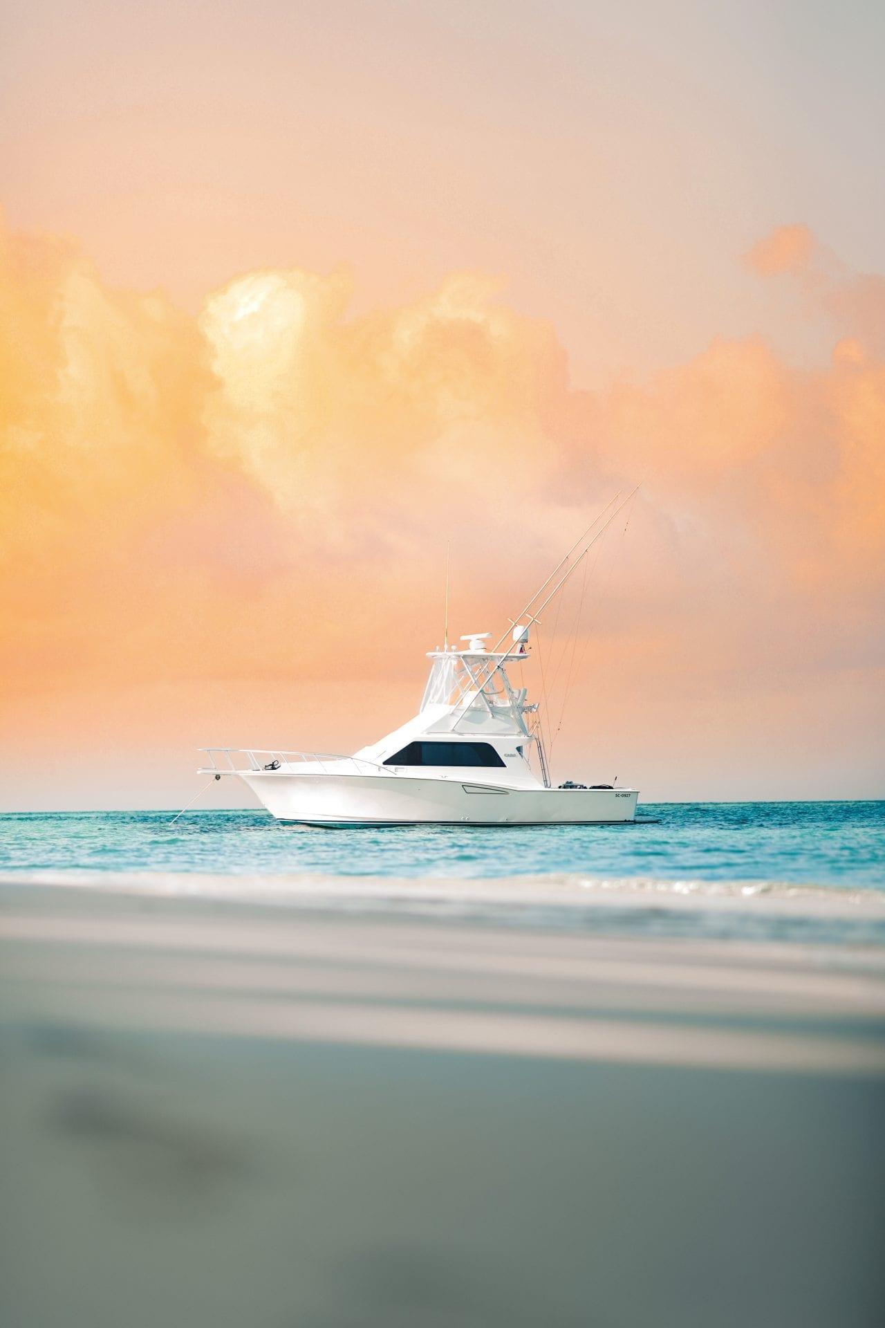 Ranguana beach caribbean belize yacht privacy