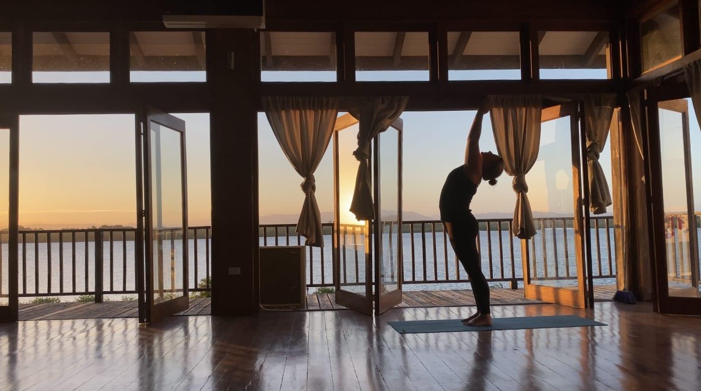 morning yoga Belize digital nomad Umaya