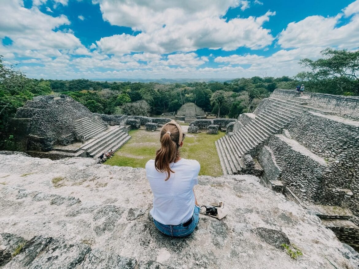 caracol roeming belize
