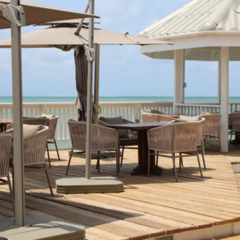 beach-bar-alaia
