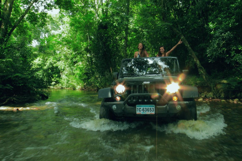 jeep-water-cross-umaya